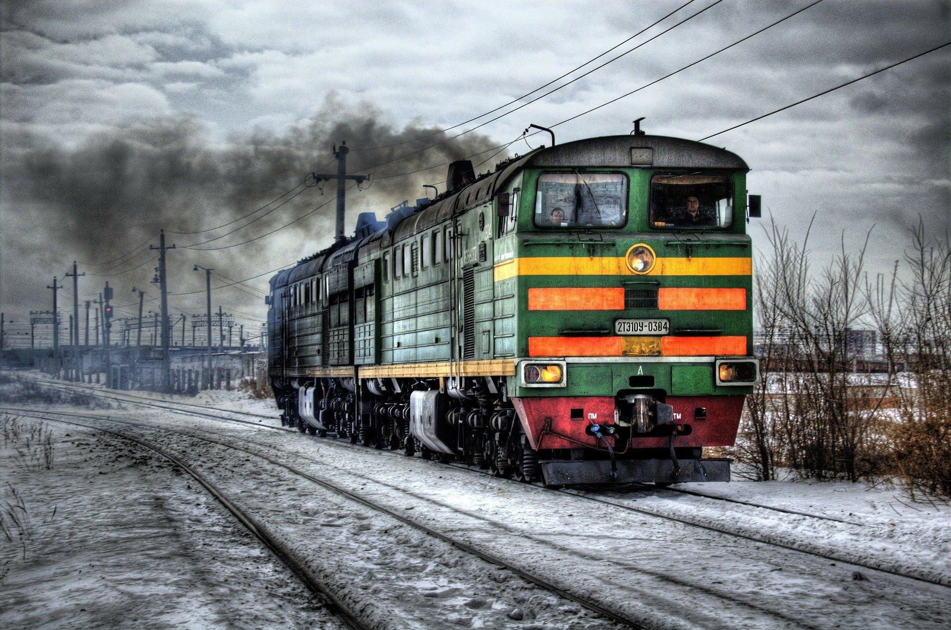 Jak cieszyć się jazdą pociągiem?